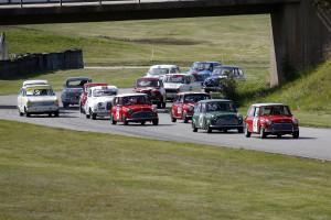 1000cc Cupen mönstrar alltid stora startfält och de små bilarna trivs gott på Kinnekulle Ring.