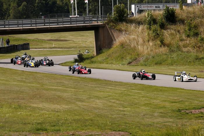 50-årsfirande Formel Vee-klassen är så stora att man tvingades dela startfältet på Kinnekulle.