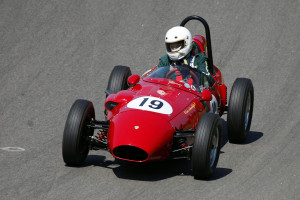 Ingvar Malm är en av förarna i Formula Juniorklassen, här den äldre varianten med motorn fram.