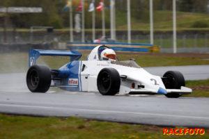 Leif Jörgensen bemästrade regnet bäst i Formula Slicks.