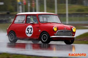 Hans Beckert vann direkt med en lånad bil, trots mindre motor än sina motståndare.