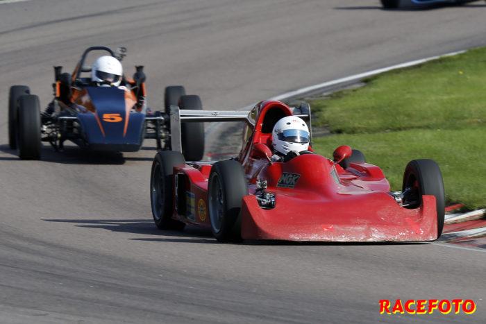 RHK´s ordförande Hans Hillebrink vann Formel Vee Dubbelförgasarklassen.